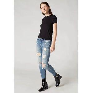 Blank NYC The Reade Skinny Crop Jean